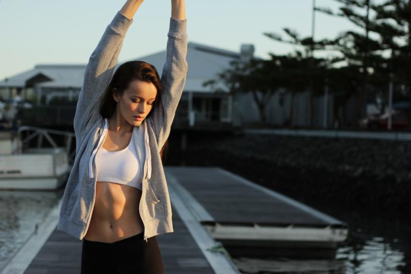 fitnessprogramm abnehmen frau